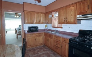 1912 S 11th Ave-Kitchen
