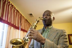 How A Full-Time Sax Player StaysFed