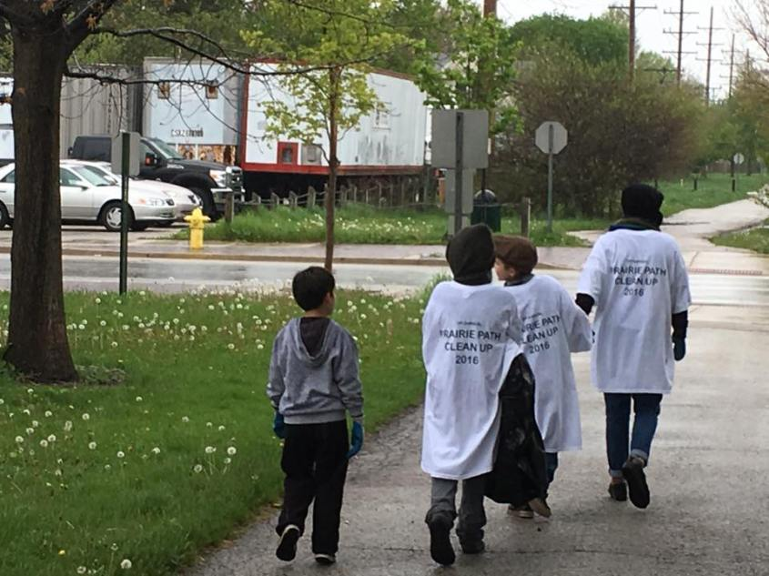 Earth day cleanup photo