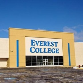 Report Describes Deceptive Practices at Shuttered Everest College in Melrose Park
