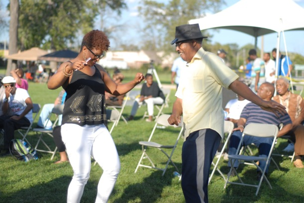 maywood-fest-attendees-dance-to-live-entertainment-on-saturday
