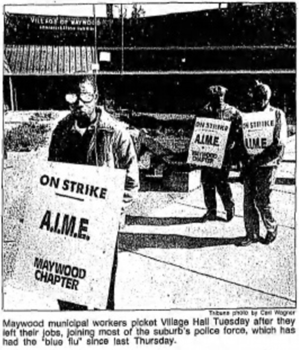 Maywood municipal workers picket village hall.png