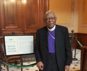 Maywood Religious Leader Gives Statehouse Prayer | Welch Says IL Should Be Welcoming State, Passes 'Zombie' Bill | Lighford Minimum Wage Proposal Hits Snag